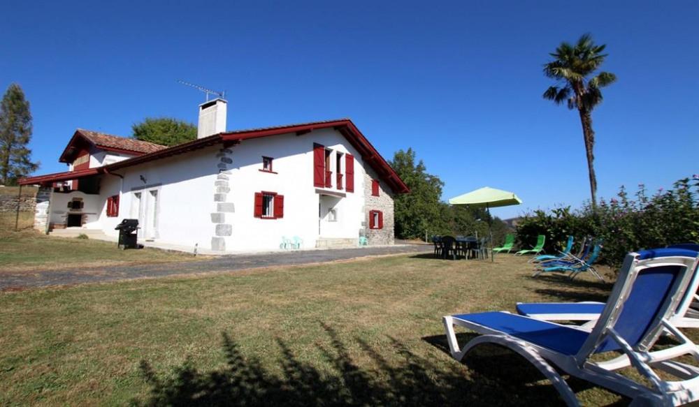 Location vacances Saint-Martin-d'Arberoue -  Maison - 8 personnes - Barbecue - Photo N° 1