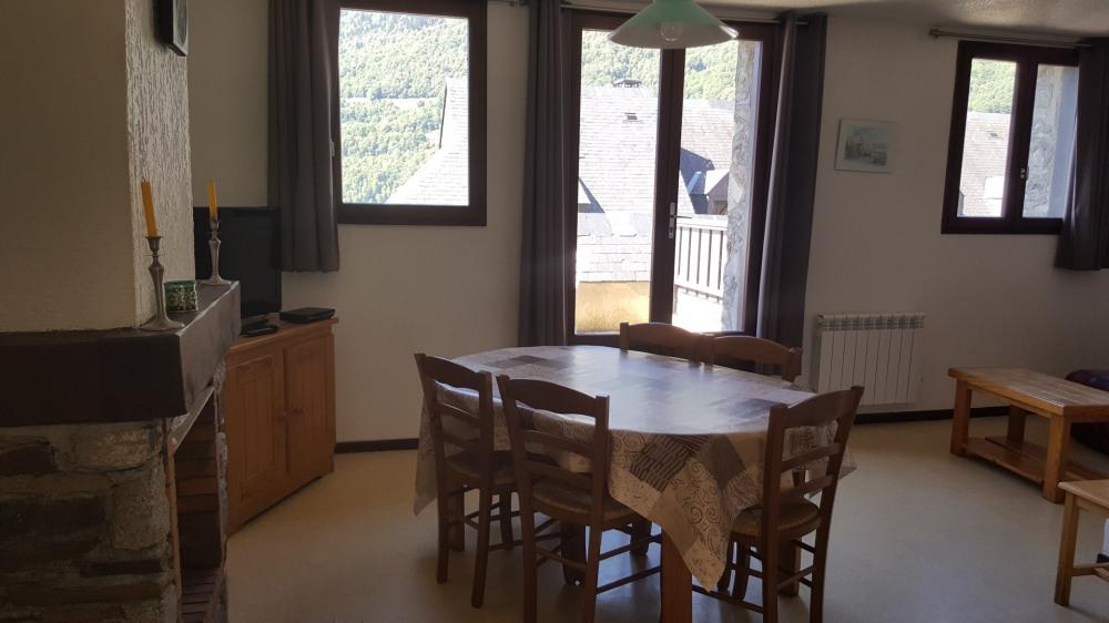 Alquileres de vacaciones Esquièze-Sère - Apartamento - 7 personas - Mueble de jardín - Foto N° 1