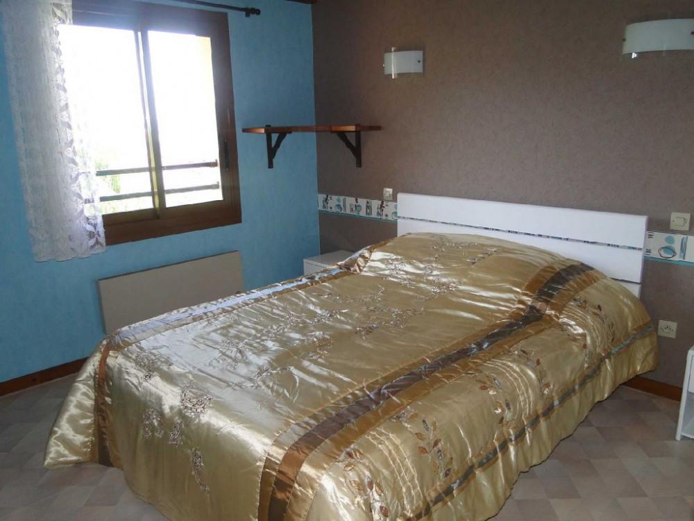 chambre 2 - lit en 140
