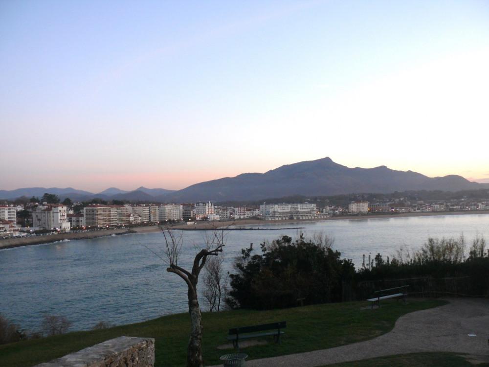 Coucher de soleil sur la baie de St Jean de Luz et de Ciboure