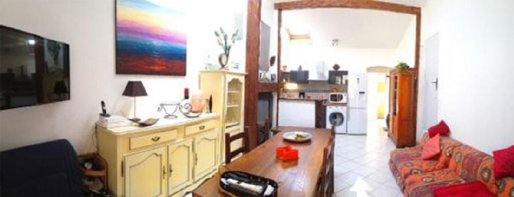 location 2 Entrée Salon et cuisine depuis la terrasse