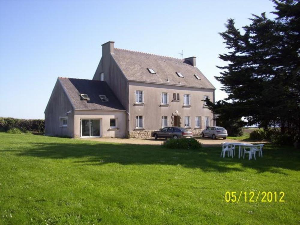 Detached House à PLOMODIERN