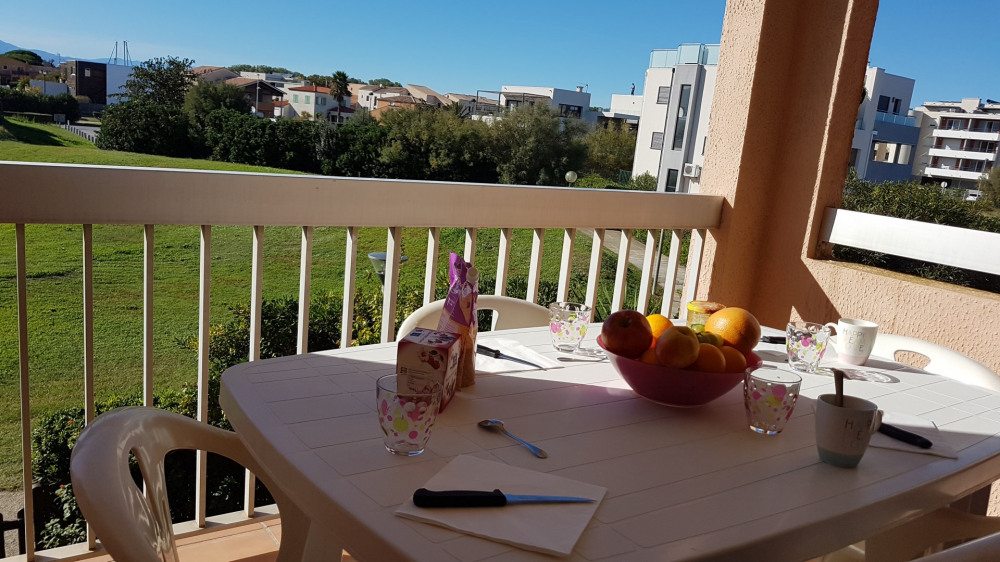 Location vacances Saint-Cyprien -  Appartement - 4 personnes - Salon de jardin - Photo N° 1