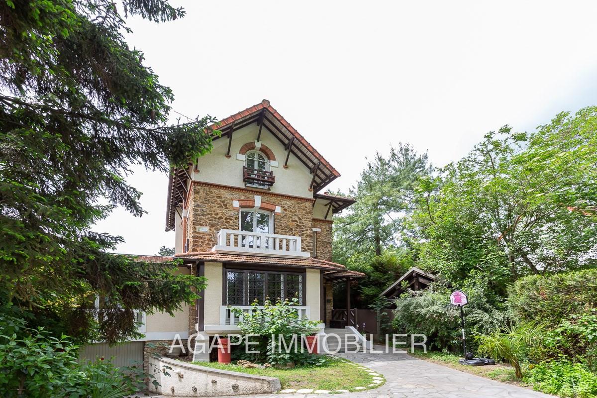Architecte La Varenne St Hilaire maison / villa à vendre à varenne saint hilaire | 1 299 900