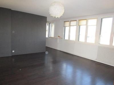 loyer versailles 78000 d 39 un appartement ou une maison prix au m2 la location. Black Bedroom Furniture Sets. Home Design Ideas