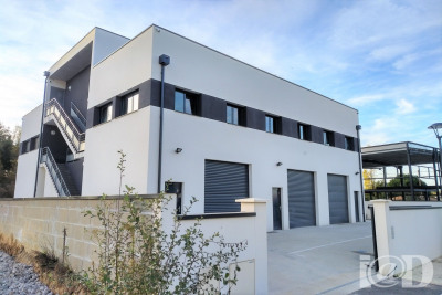 Vente bâtiment pompignac bâtiment entrepôt 990m² 1190000u20ac