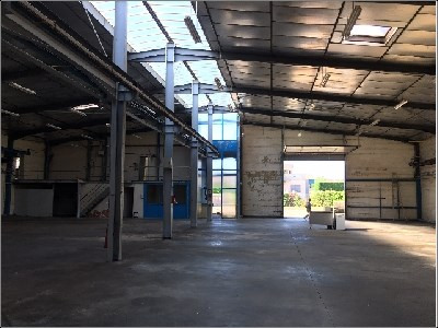Location Local d'activités / Entrepôt Brindas
