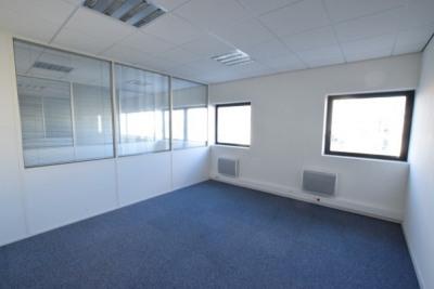 vente bureau nantes loire atlantique 44 151 m r f rence n 10999. Black Bedroom Furniture Sets. Home Design Ideas