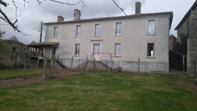 Maison de centre Champdeniers-Saint-Denis