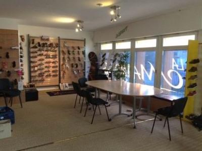 location bureau rennes 35000 bureau rennes de 198 m ref 16270296l. Black Bedroom Furniture Sets. Home Design Ideas