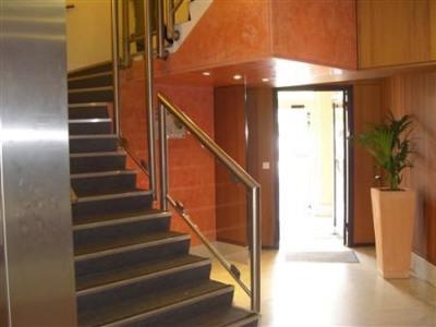 location bureau issy les moulineaux hauts de seine 92 381 m r f rence n wi k26487l. Black Bedroom Furniture Sets. Home Design Ideas