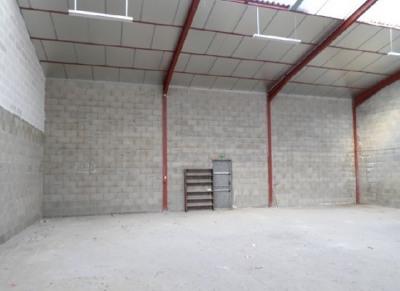 Location Local d'activités / Entrepôt Jayat