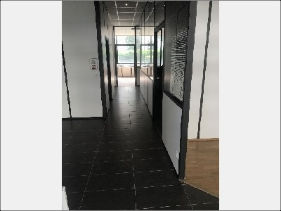 location boutique lyon 7 me 69007 boutique lyon 7 me de 185 m ref 15451l. Black Bedroom Furniture Sets. Home Design Ideas