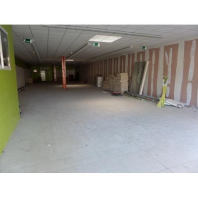 Location Local commercial Louviers