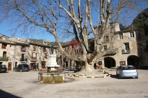 Local commercial à louer Saint guilhem le desert - St Guilhem le Desert (34150)-2