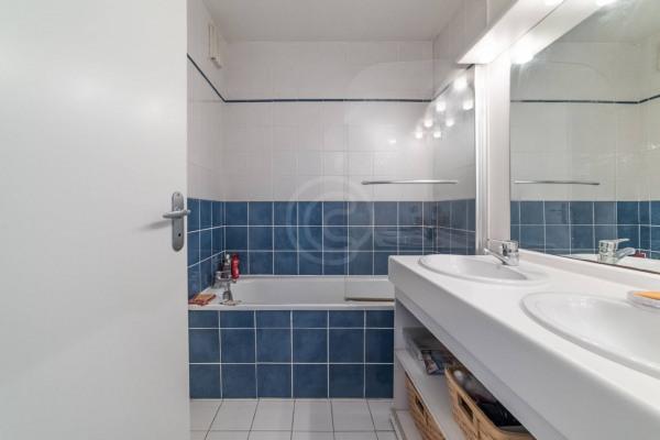 Appartement (3 pièces) à Marseille 6ème (13006) - 950 € /mois - - Marseille 6ème (13006)-10