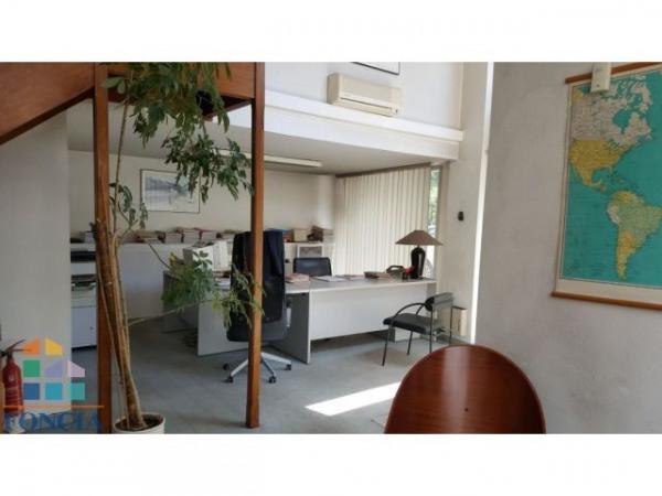 vente bureau lyon 3 me part dieu 69003 bureau lyon 3 me part dieu de 108 m ref 1172063. Black Bedroom Furniture Sets. Home Design Ideas