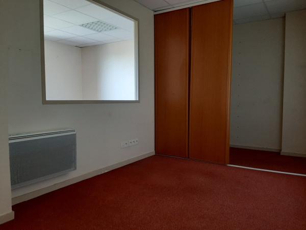 Espaces de bureaux à louer St Vit 114 m² - St Vit (25410)-8