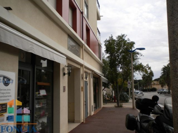 Location Local commercial Cavalaire-sur-Mer