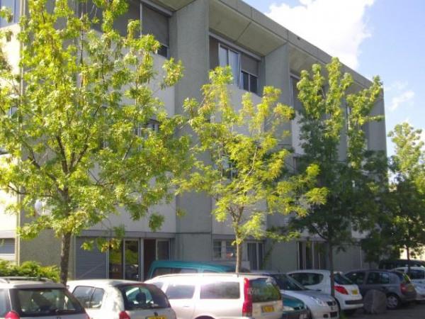 location bureau bourgoin jallieu is re 38 233 m r f rence n 38 97086. Black Bedroom Furniture Sets. Home Design Ideas