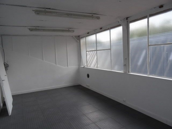 location bureau pantin seine saint denis 93 479 m r f rence n l 2 1501 3508. Black Bedroom Furniture Sets. Home Design Ideas