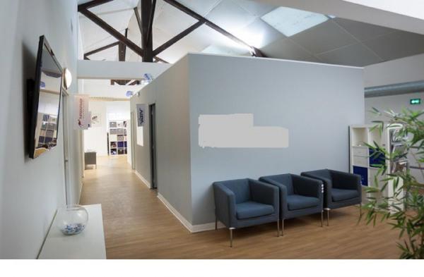 location bureau marseille 8 me bouches du rh ne 13 476. Black Bedroom Furniture Sets. Home Design Ideas