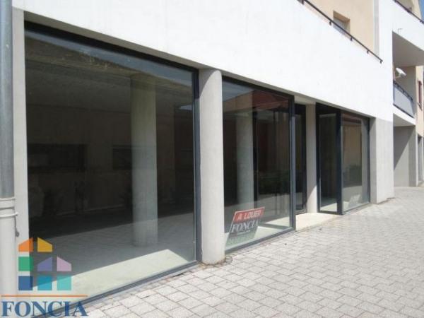 Location Local commercial Prévessin-Moëns