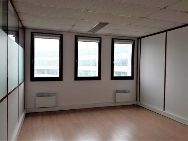 location bureau colombes petit colombes charles de gaulle 92700 bureau colombes petit. Black Bedroom Furniture Sets. Home Design Ideas