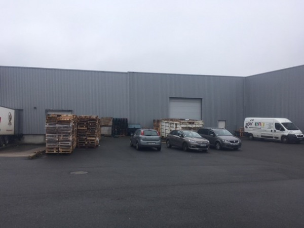 Location Local d'activités / Entrepôt Olivet