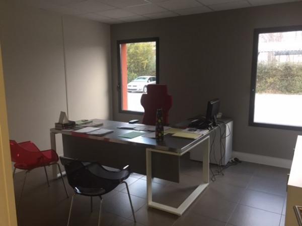 location bureau avignon vaucluse 84 309 m r f rence n 84 1624. Black Bedroom Furniture Sets. Home Design Ideas