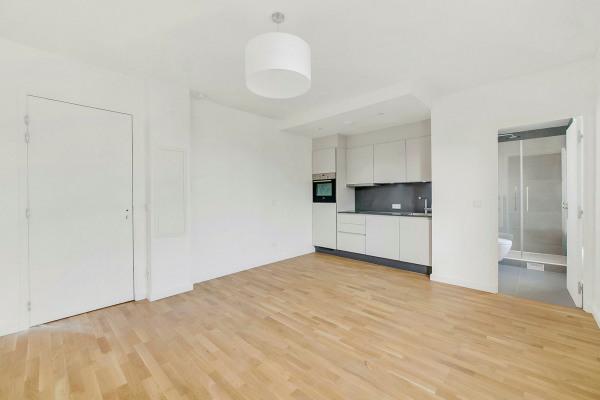 Appartement (1 pièce) à Paris 20ème (75020) - 950 € /mois - 21, - Paris 20ème (75020)-2