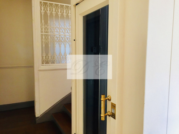 Location Appartement Paris rue de la Trémoille - 92m² - Paris 8ème (75008)-18