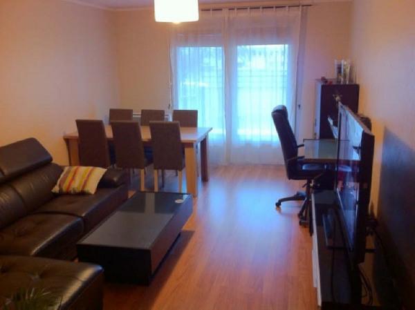 location appartement 46m cergy val d 39 oise de particuliers et professionnels de l 39 immobilier. Black Bedroom Furniture Sets. Home Design Ideas