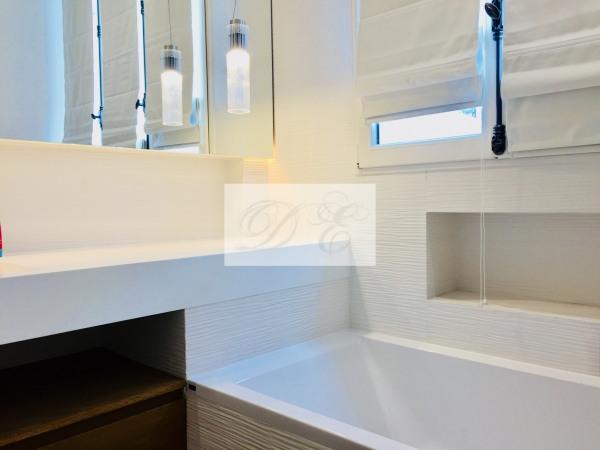 Location Appartement Paris rue de la Trémoille - 92m² - Paris 8ème (75008)-6