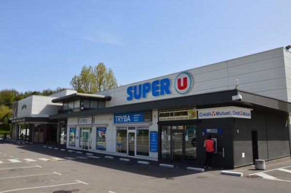 Altkirch zone commerciale super u - Altkirch (68130)-1