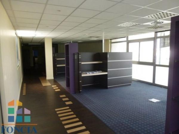 vente bureau caen 14000 bureau caen de 253 m ref 1164353. Black Bedroom Furniture Sets. Home Design Ideas