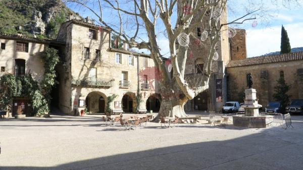 Local commercial à louer Saint guilhem le desert - St Guilhem le Desert (34150)-11