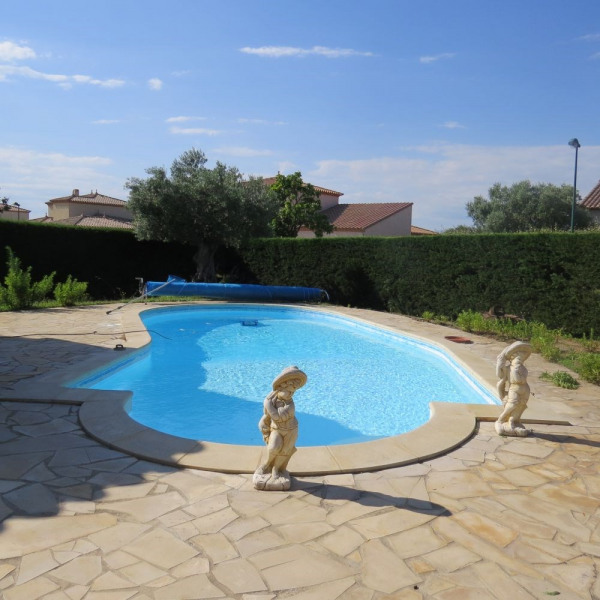 superbe villa T4 piscine privée 7 km des plages
