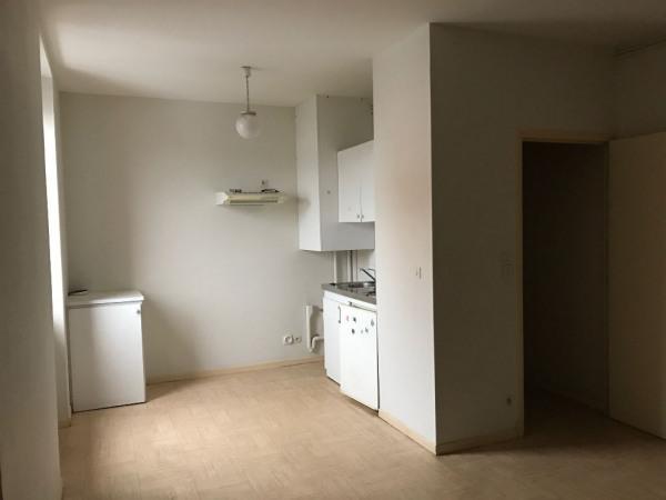 location appartement 47m albi tarn de particuliers et professionnels de l 39 immobilier. Black Bedroom Furniture Sets. Home Design Ideas