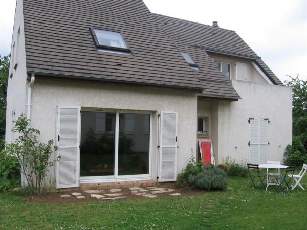 Location maison 139m rueil malmaison hauts de seine for Maison de l europe rueil