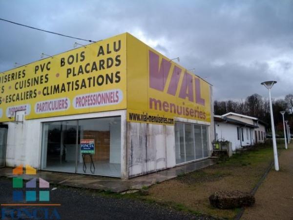 Location Local commercial Saint-Pierre-du-Mont