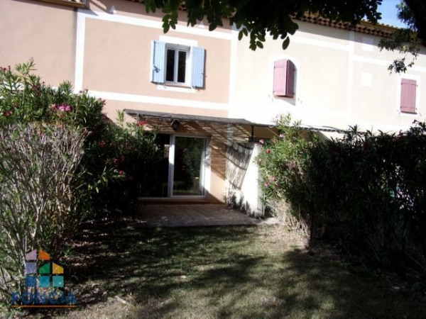ARLES Appartement meublé 3 pièces 56,81 m² - Arles (13200)-1