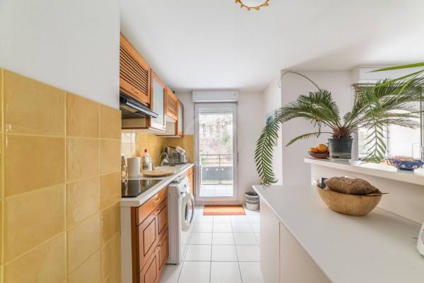 Appartement (3 pièces) à Marseille 6ème (13006) - 950 € /mois - - Marseille 6ème (13006)-5