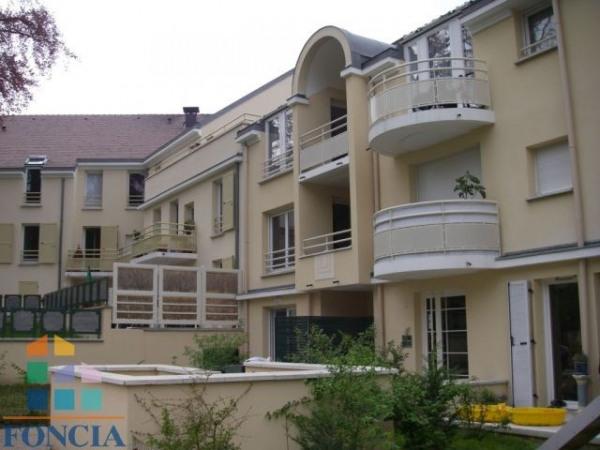 Location appartement montigny les cormeilles de for France fenetre montigny les cormeilles