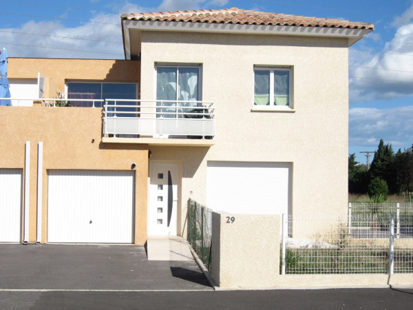 Location appartement 48m saint est ve pyr n es for Garage st esteve