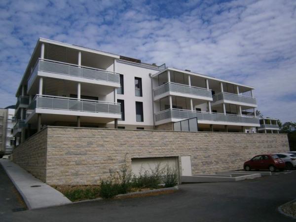 Location appartement gex de particuliers et professionnels for Location garage gex