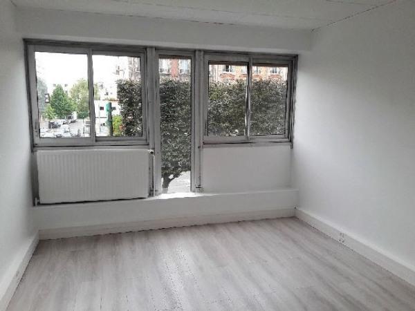 location bureau suresnes hauts de seine 92 342 m r f rence n 3664. Black Bedroom Furniture Sets. Home Design Ideas