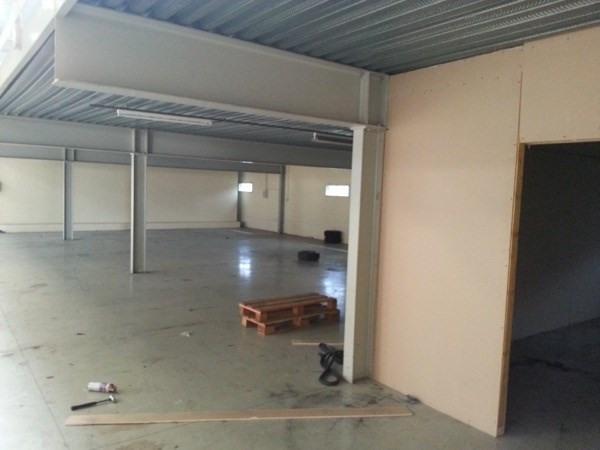 location entrep t morangis 91420 entrep t morangis de 1240 m ref l 1306 91 014 1 1. Black Bedroom Furniture Sets. Home Design Ideas