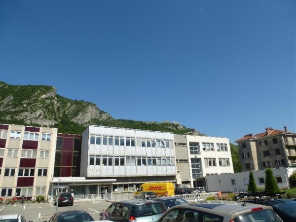 Vente bureau grenoble is re 38 4400 m r f rence n 38 for Bureau grenoble