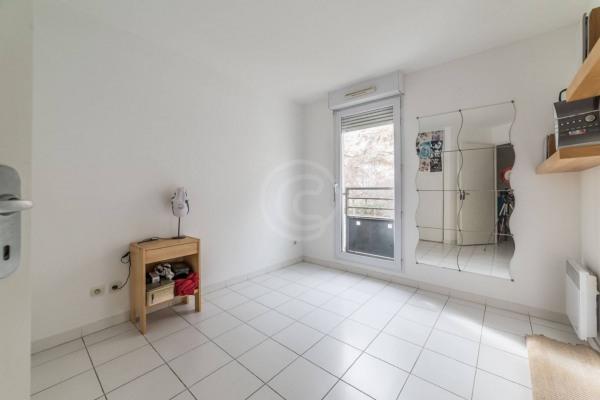 Appartement (3 pièces) à Marseille 6ème (13006) - 950 € /mois - - Marseille 6ème (13006)-9